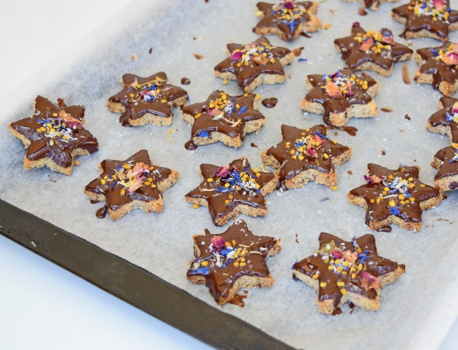 Rani's (@healthtrendstested) Christmas Shortbread