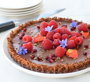 Cardamon and Sea Salt Ganache Tart from Simplicious