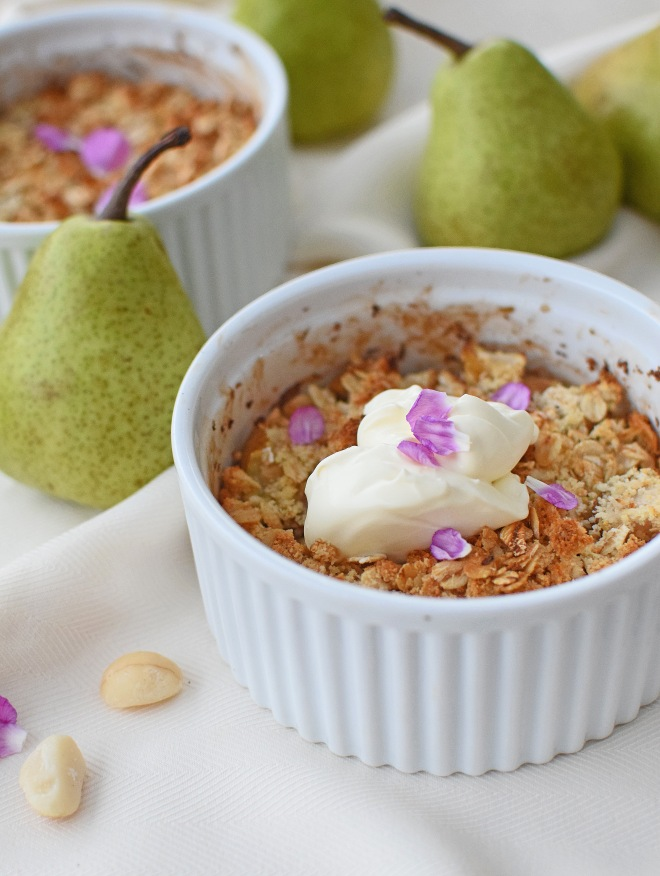 Pear, Ginger and Macadamia Crumble